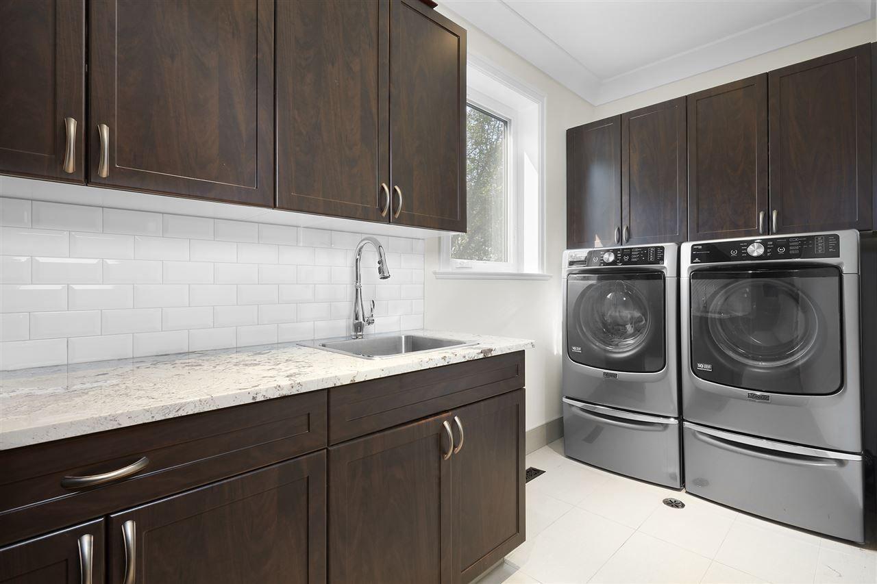 Photo 20: Photos: 10942 63 Avenue in Edmonton: Zone 15 House for sale : MLS®# E4156474