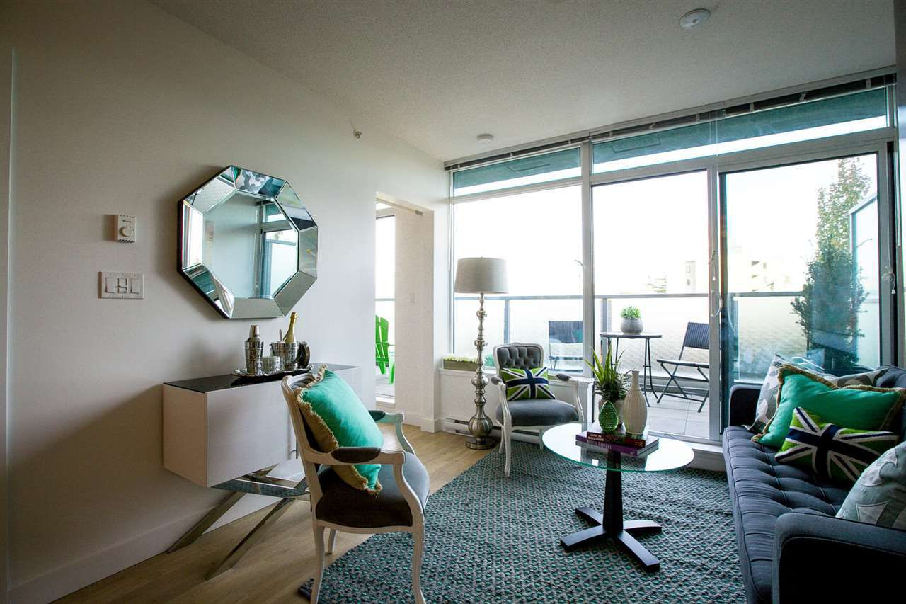 """Main Photo: 462 250 E 6TH Avenue in Vancouver: Mount Pleasant VE Condo for sale in """"The District"""" (Vancouver East)  : MLS®# R2006380"""