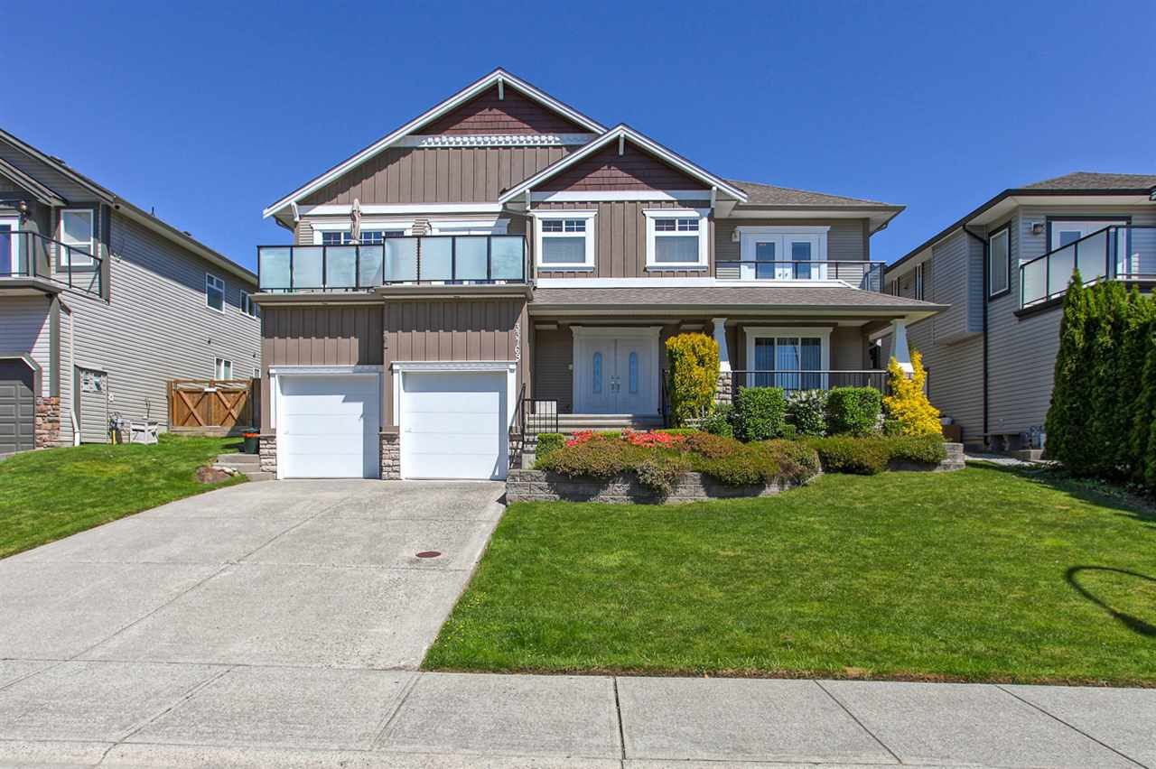 "Main Photo: 33769 GREWALL Crescent in Mission: Mission BC House for sale in ""College Heights"" : MLS®# R2077149"