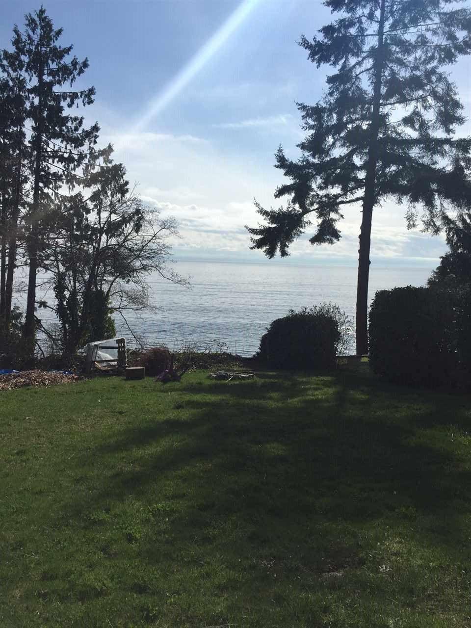 Photo 2: Photos: 2477 MILLINER Road: Roberts Creek House for sale (Sunshine Coast)  : MLS®# R2155266