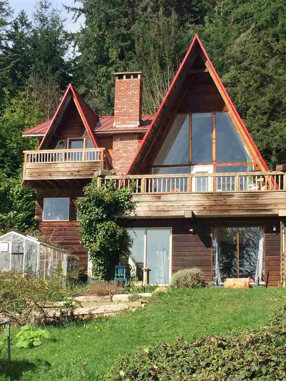 Photo 6: Photos: 2477 MILLINER Road: Roberts Creek House for sale (Sunshine Coast)  : MLS®# R2155266