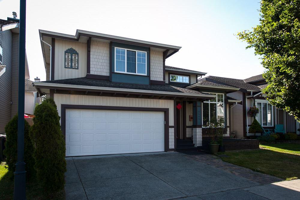 "Main Photo: 9444 202B Street in Langley: Walnut Grove House for sale in ""Riverwynde"" : MLS®# R2182423"