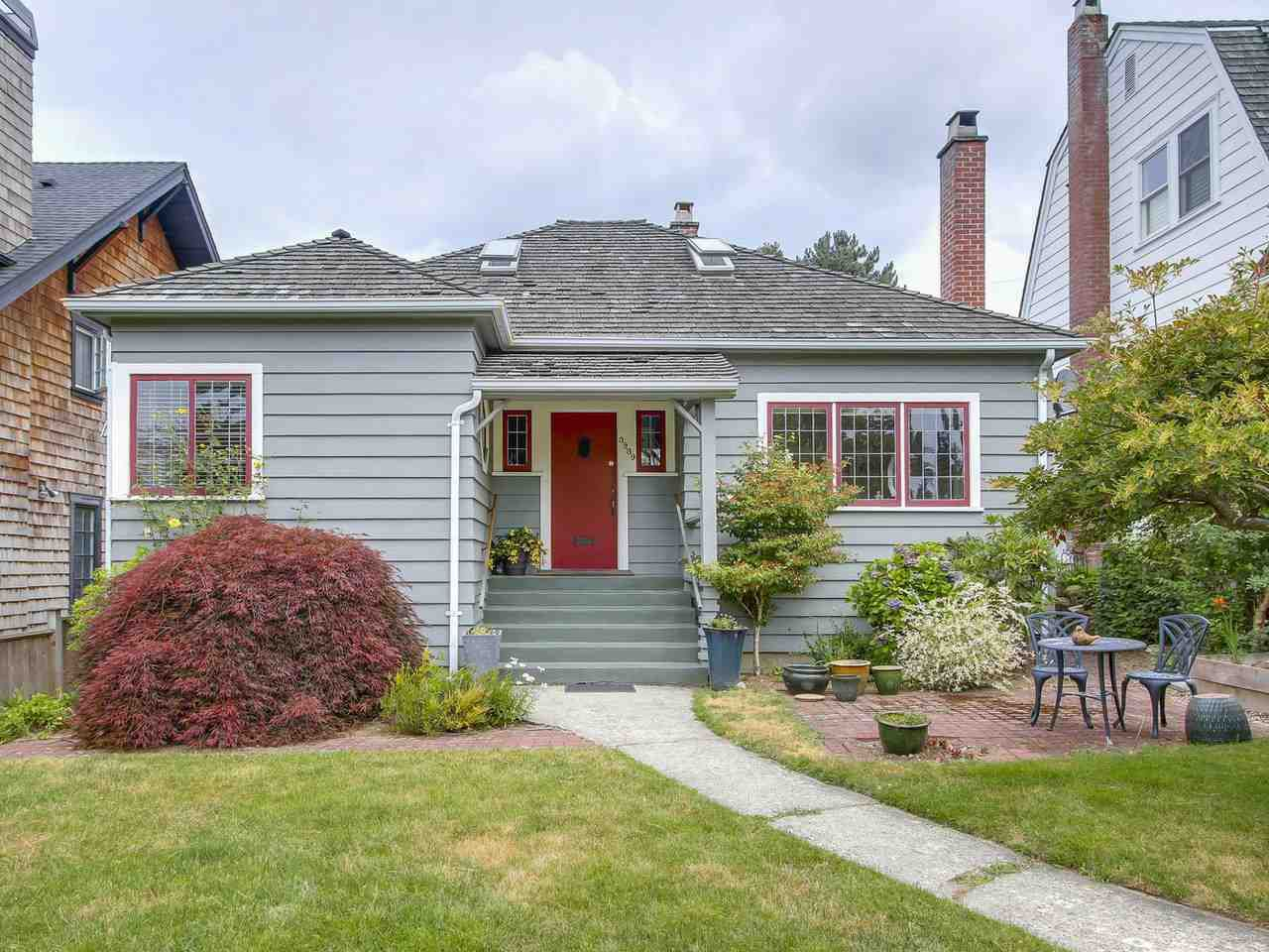 Main Photo: 3939 W KING EDWARD Avenue in Vancouver: Dunbar House for sale (Vancouver West)  : MLS®# R2191736