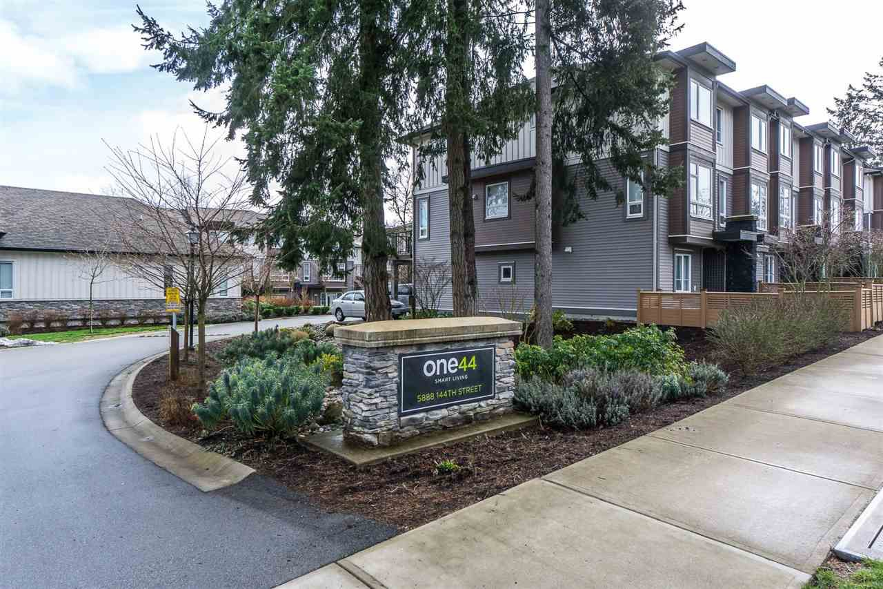 "Main Photo: 47 5888 144 Street in Surrey: Sullivan Station Townhouse for sale in ""One44"" : MLS®# R2243926"