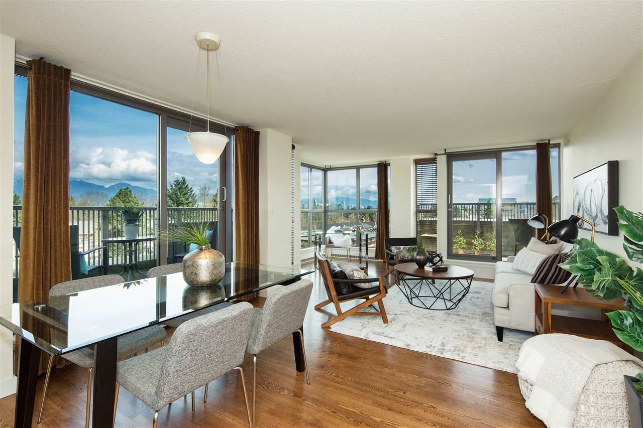 """Main Photo: 702 2483 YEW Street in Vancouver: Kitsilano Condo for sale in """"NEW POINTE TERRACE"""" (Vancouver West)  : MLS®# R2264721"""