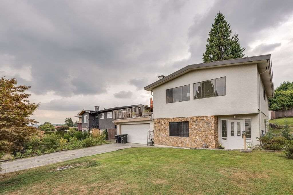 Main Photo: 8245 BURNFIELD Crescent in Burnaby: Burnaby Lake House for sale (Burnaby South)  : MLS®# R2300353