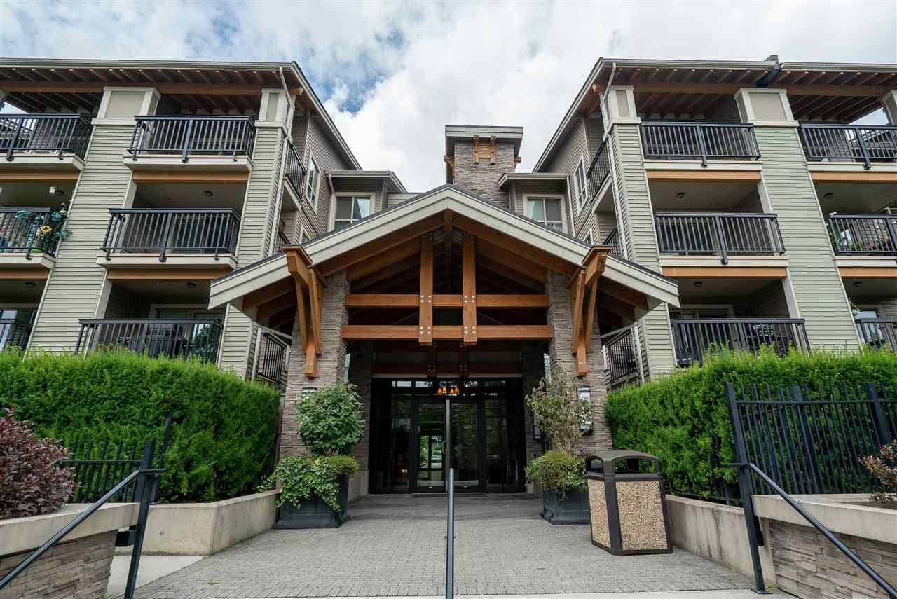 "Main Photo: 107 5655 210A Street in Langley: Salmon River Condo for sale in ""Cornerstone"" : MLS®# R2383444"
