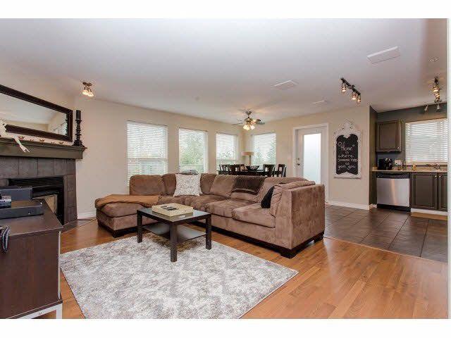 Main Photo: 412 33718 KING Road in Abbotsford: Poplar Condo for sale : MLS®# F1423635