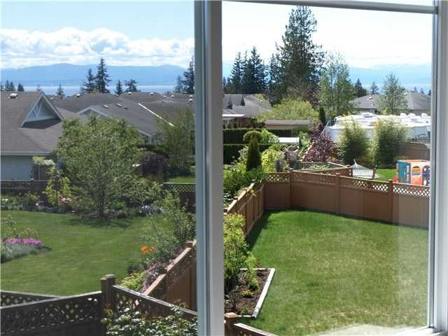 """Photo 6: Photos: 6353 WILLIAMS Place in Sechelt: Sechelt District House for sale in """"CASCADE"""" (Sunshine Coast)  : MLS®# R2050789"""