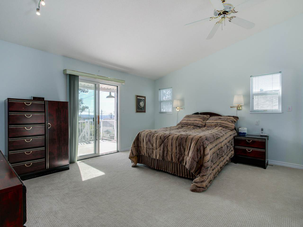Photo 15: Photos: 449 E 5TH Street in North Vancouver: Lower Lonsdale House for sale : MLS®# R2056647