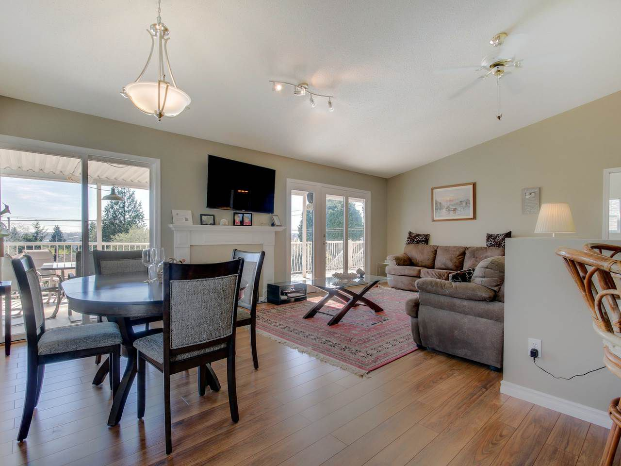 Photo 7: Photos: 449 E 5TH Street in North Vancouver: Lower Lonsdale House for sale : MLS®# R2056647