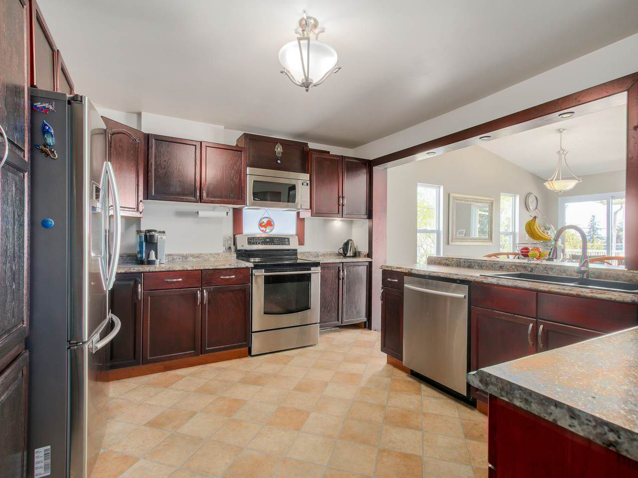 Photo 9: Photos: 449 E 5TH Street in North Vancouver: Lower Lonsdale House for sale : MLS®# R2056647