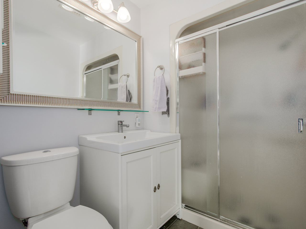 Photo 17: Photos: 449 E 5TH Street in North Vancouver: Lower Lonsdale House for sale : MLS®# R2056647