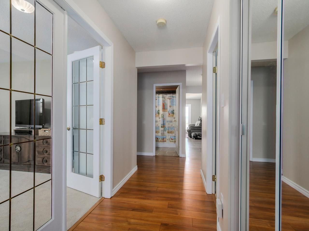 Photo 2: Photos: 449 E 5TH Street in North Vancouver: Lower Lonsdale House for sale : MLS®# R2056647