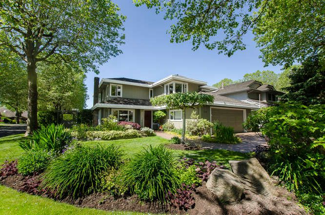 """Main Photo: 5551 WOODPECKER Drive in Richmond: Westwind House for sale in """"Westwind"""" : MLS®# R2068114"""