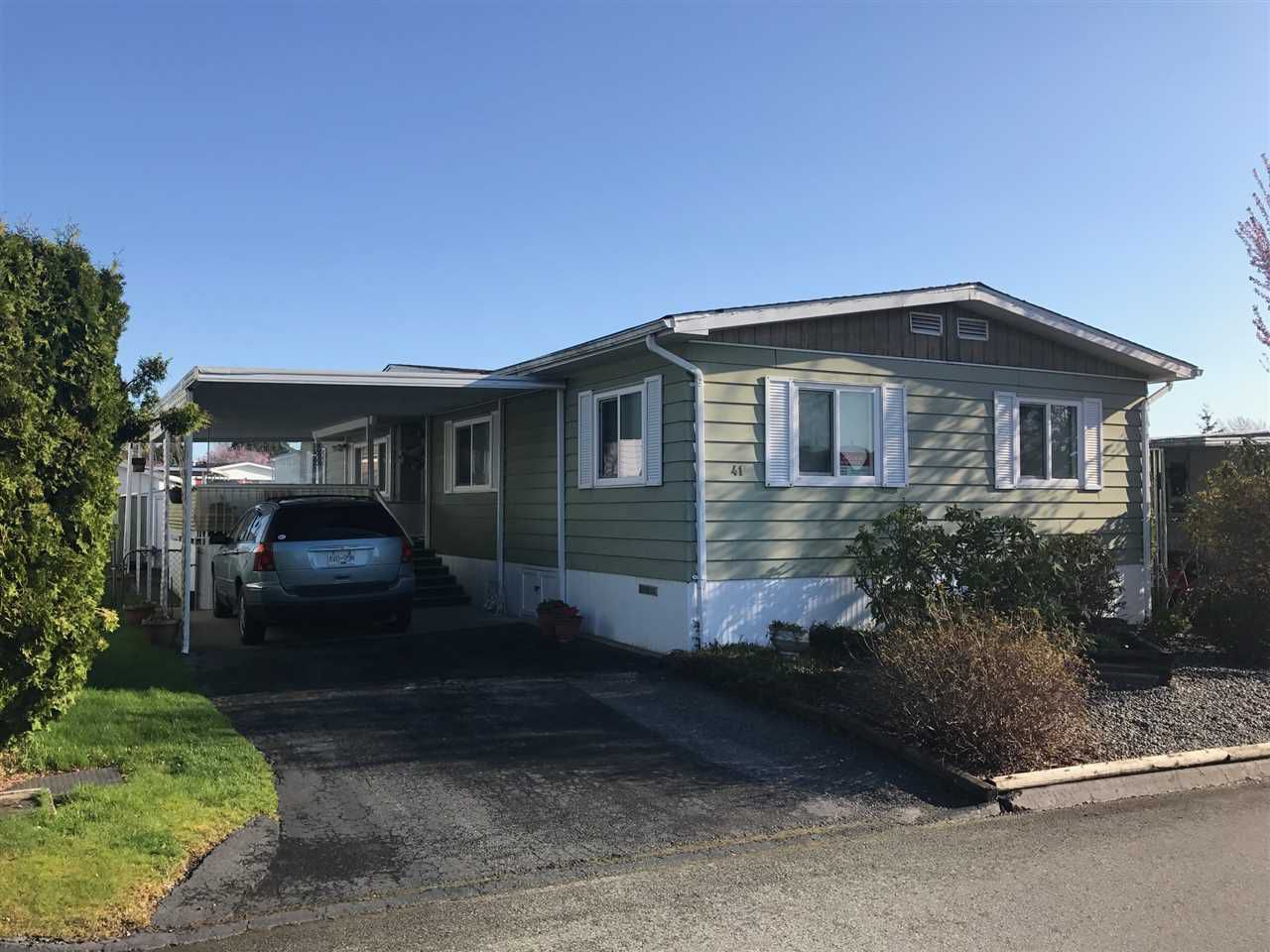 """Main Photo: 41 15875 20 Avenue in Surrey: King George Corridor Manufactured Home for sale in """"Searidge Bays"""" (South Surrey White Rock)  : MLS®# R2154424"""