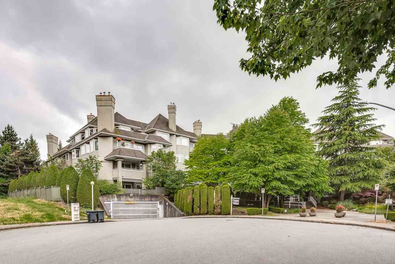 """Main Photo: 211 3738 NORFOLK Street in Burnaby: Central BN Condo for sale in """"Winchelsea"""" (Burnaby North)  : MLS®# R2276086"""