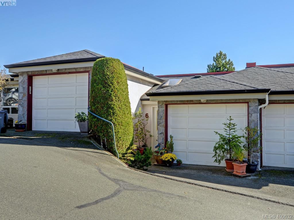 Main Photo: 6 300 Six Mile Road in VICTORIA: VR Six Mile Townhouse for sale (View Royal)  : MLS®# 400632