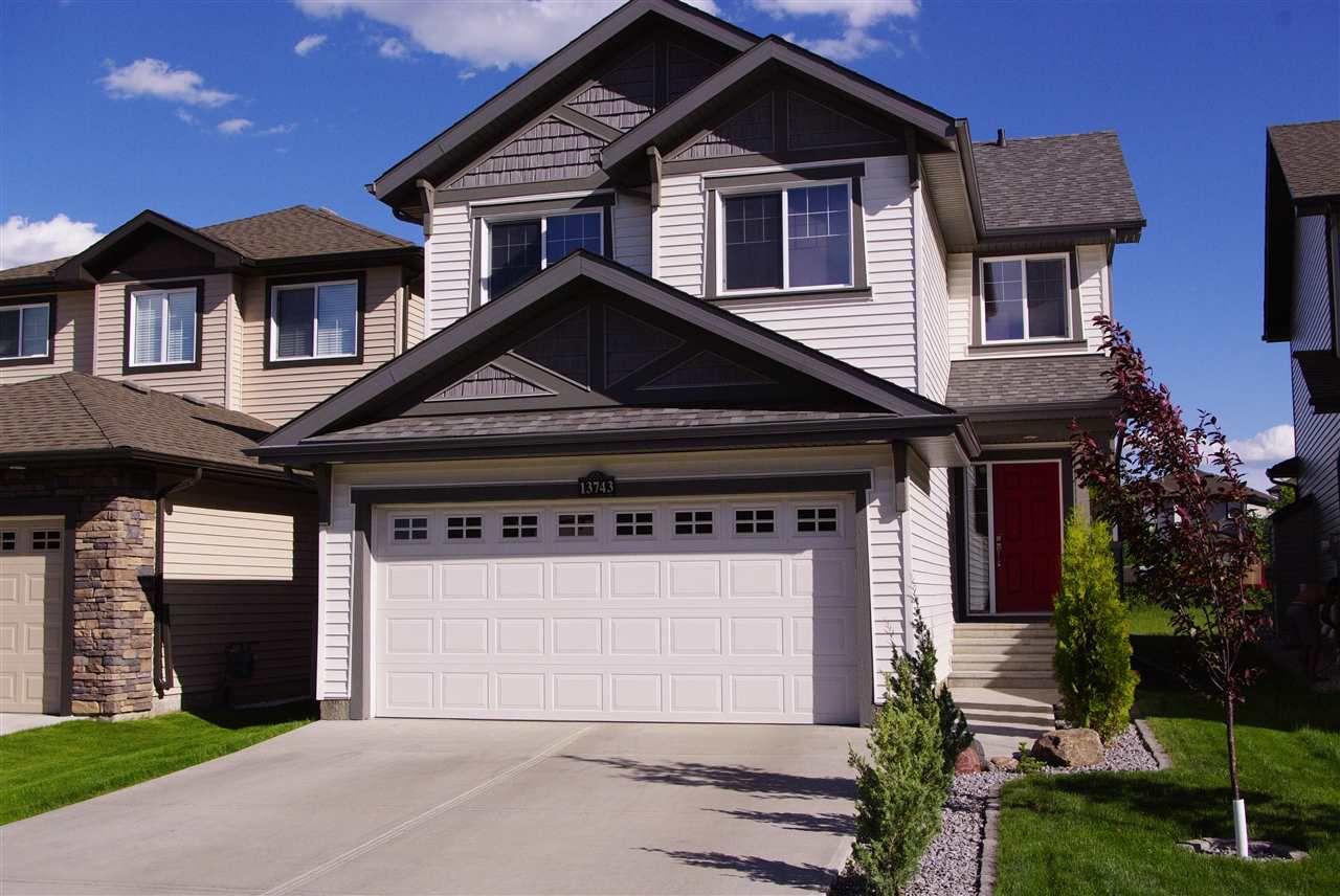 Main Photo: 13743 166 Avenue in Edmonton: Zone 27 House for sale : MLS®# E4161513