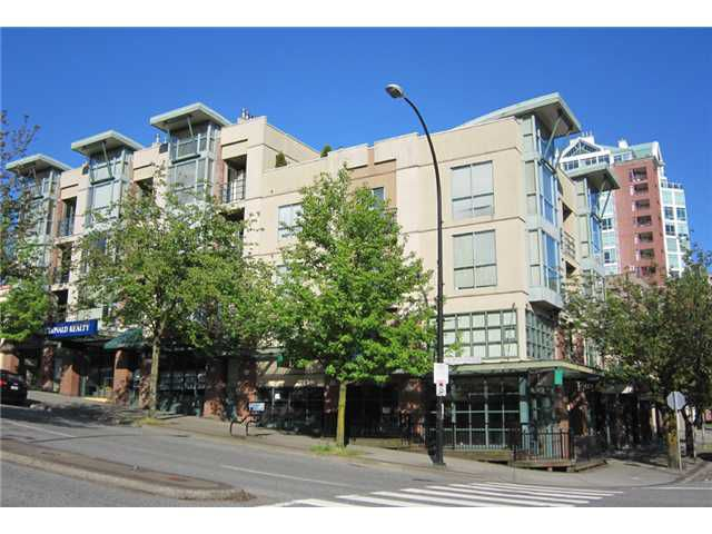 "Main Photo: 202 212 LONSDALE Avenue in North Vancouver: Lower Lonsdale Condo for sale in ""Two One Two"" : MLS®# V893037"