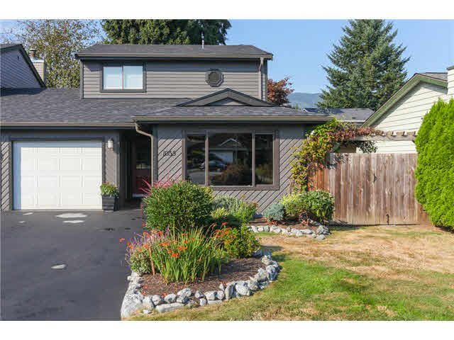 Main Photo: 1055 LOMBARDY Drive in Port Coquitlam: Lincoln Park PQ House 1/2 Duplex for sale : MLS®# V1085849