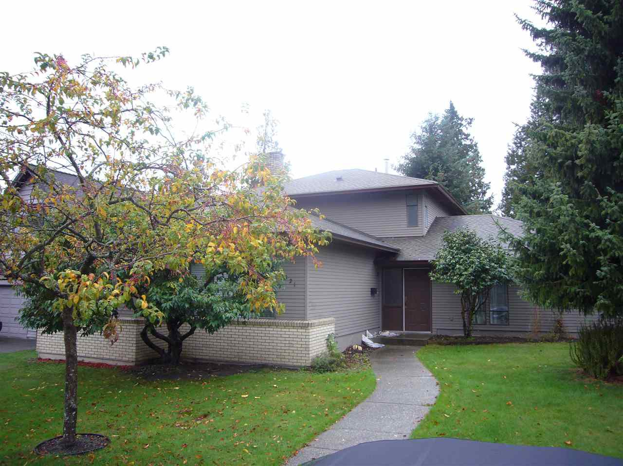 """Main Photo: 1821 148A Street in Surrey: Sunnyside Park Surrey House for sale in """"SOUTHMERE"""" (South Surrey White Rock)  : MLS®# R2117060"""