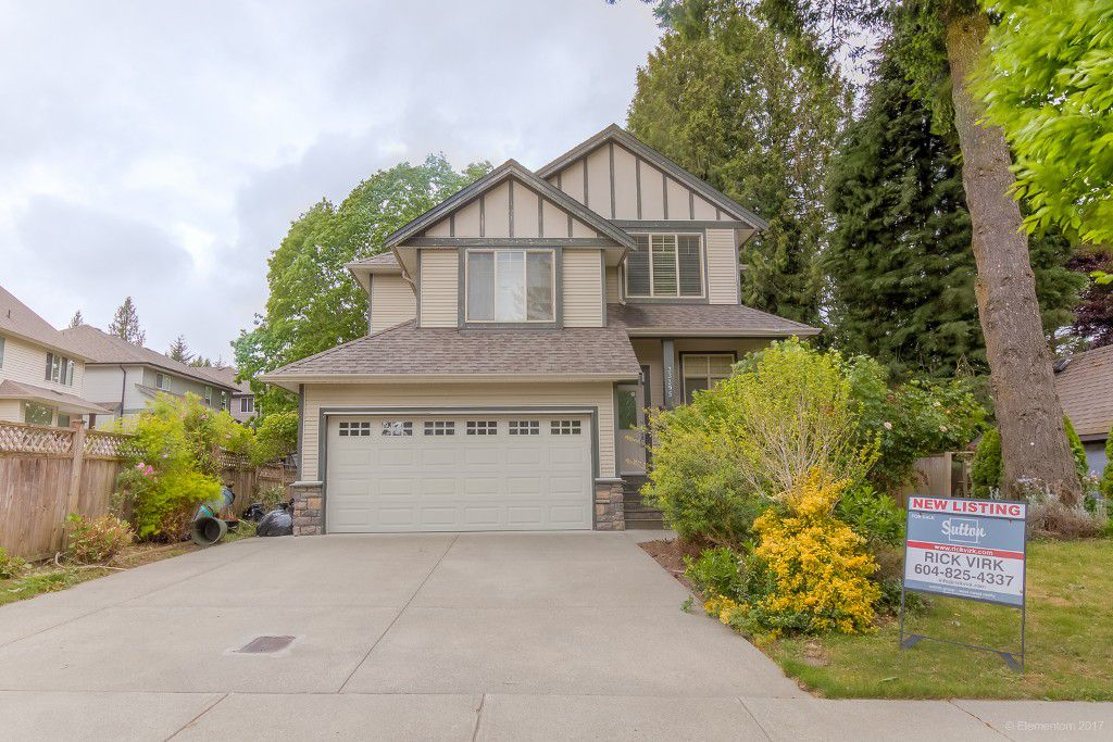 Main Photo: 33395 KIRK Avenue in Abbotsford: Poplar House for sale : MLS®# R2169227
