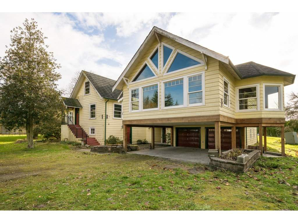 "Main Photo: 2630 WESTHAM ISLAND Road in Ladner: Westham Island House for sale in ""Westham Island"" : MLS®# R2222466"