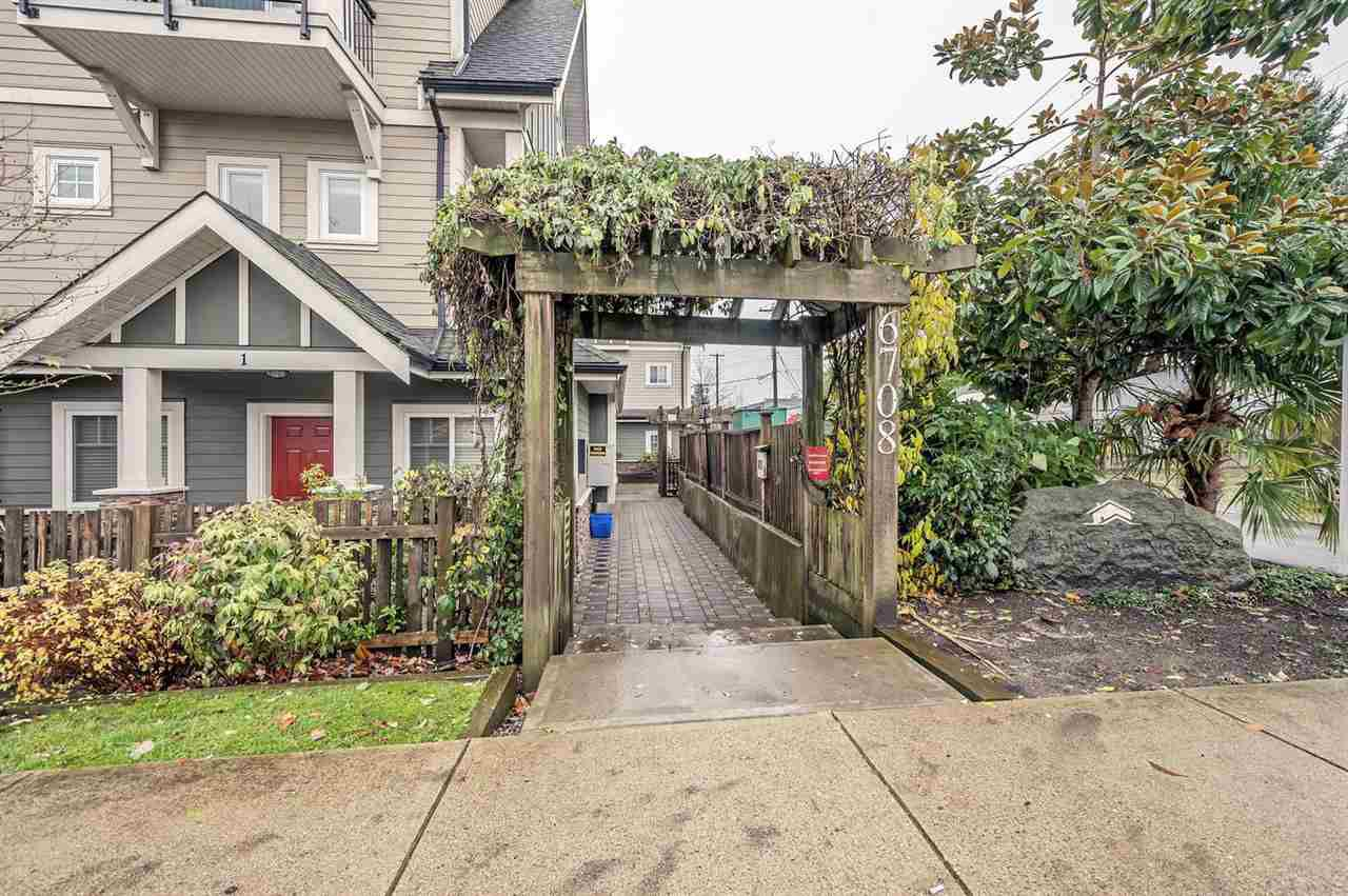 """Photo 18: Photos: 15 6708 ARCOLA Street in Burnaby: Highgate Townhouse for sale in """"HIGHGATE RIDGE"""" (Burnaby South)  : MLS®# R2224034"""
