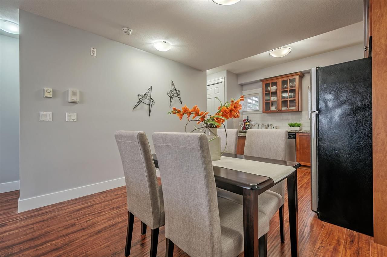 """Photo 6: Photos: 15 6708 ARCOLA Street in Burnaby: Highgate Townhouse for sale in """"HIGHGATE RIDGE"""" (Burnaby South)  : MLS®# R2224034"""