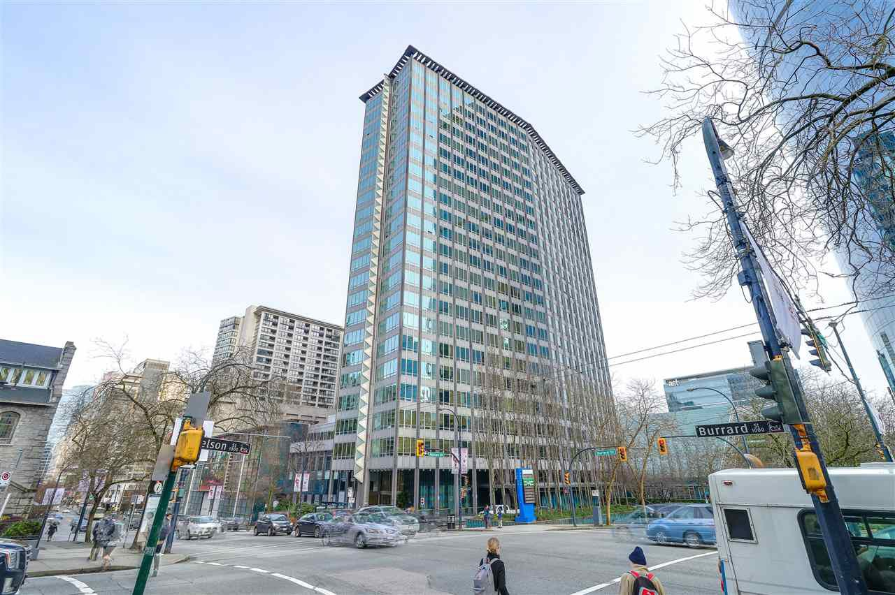 "Main Photo: 413 989 NELSON Street in Vancouver: Downtown VW Condo for sale in ""THE ELECTRA"" (Vancouver West)  : MLS®# R2242780"