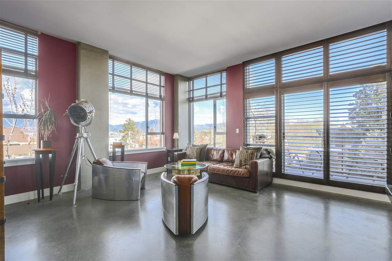 "Main Photo: 302 2635 PRINCE EDWARD Street in Vancouver: Mount Pleasant VE Condo for sale in ""SOMA LOFTS"" (Vancouver East)  : MLS®# R2249060"