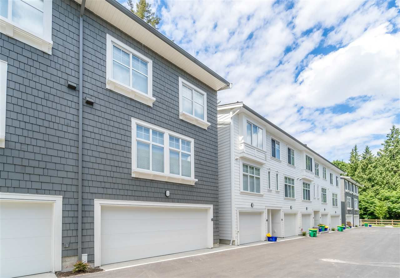 Main Photo: 21 10433 158 Street in Surrey: Guildford Townhouse for sale (North Surrey)  : MLS®# R2275668