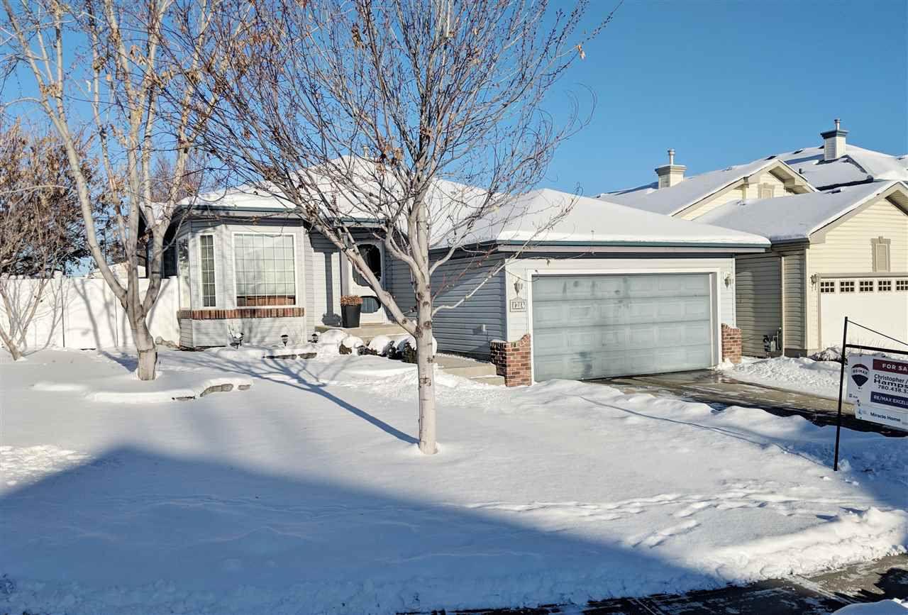 Main Photo: 1214 ORMSBY Lane in Edmonton: Zone 20 House for sale : MLS®# E4134711