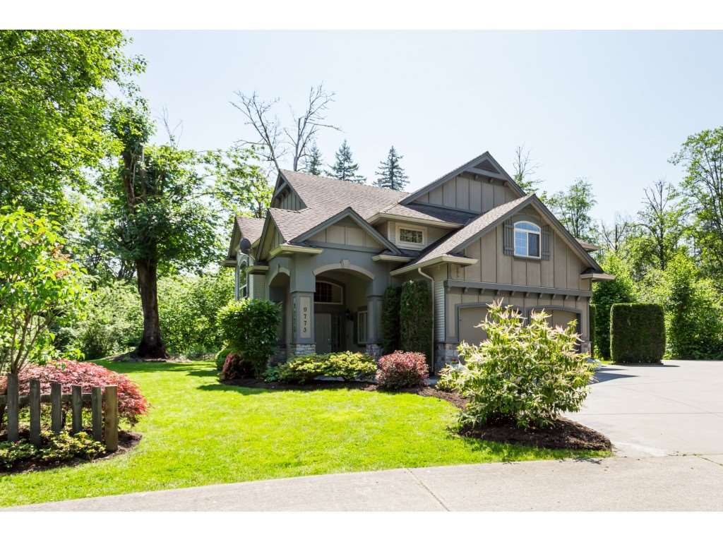 """Main Photo: 9773 208 Street in Langley: Walnut Grove House for sale in """"Yeomans - Walnut Grove"""" : MLS®# R2376446"""