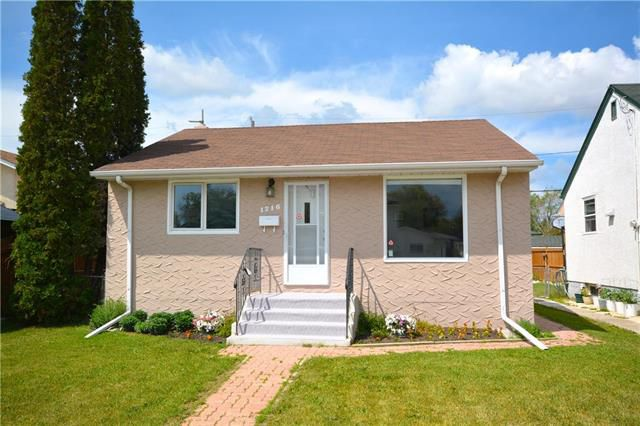 Main Photo: 1216 Valour Road in Winnipeg: Sargent Park Residential for sale (5C)  : MLS®# 1917359