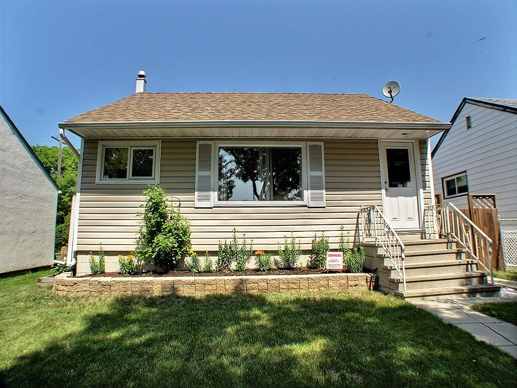 Main Photo: 795 Ebby Avenue in : Fort Rouge / Crescentwood / Riverview Residential for sale (South Winnipeg)  : MLS®# 1314125