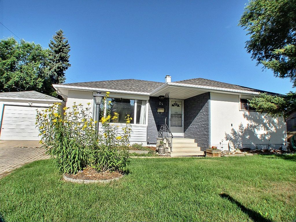 Main Photo: 24 Ericsson Bay in Winnipeg: Westwood / Crestview Residential for sale (West Winnipeg)  : MLS®# 1317437