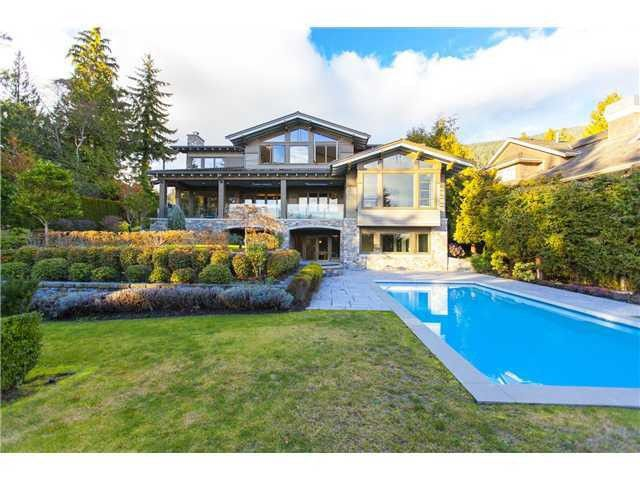 """Main Photo: 3270 MATHERS Avenue in West Vancouver: Westmount WV House for sale in """"WESTMOUNT"""" : MLS®# V1048021"""