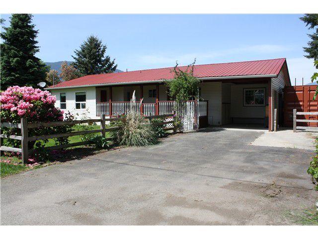 Main Photo: 41665 HARE Avenue: Yarrow House for sale : MLS®# H1402088