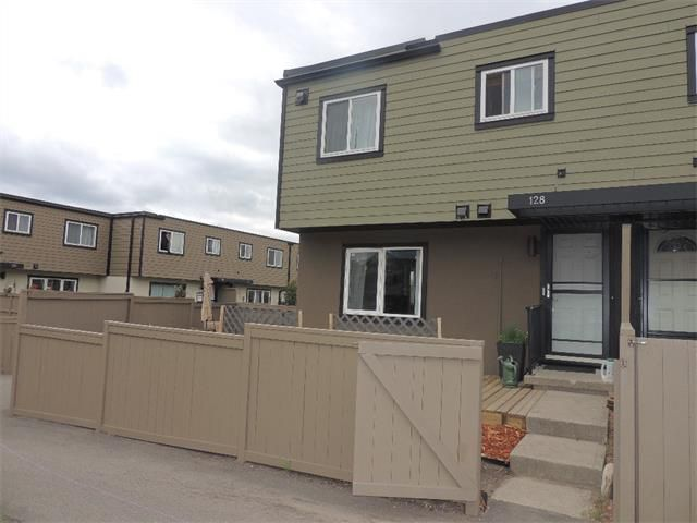 Main Photo: 128 3809 45 Street SW in Calgary: Glenbrook House for sale : MLS®# C4016873