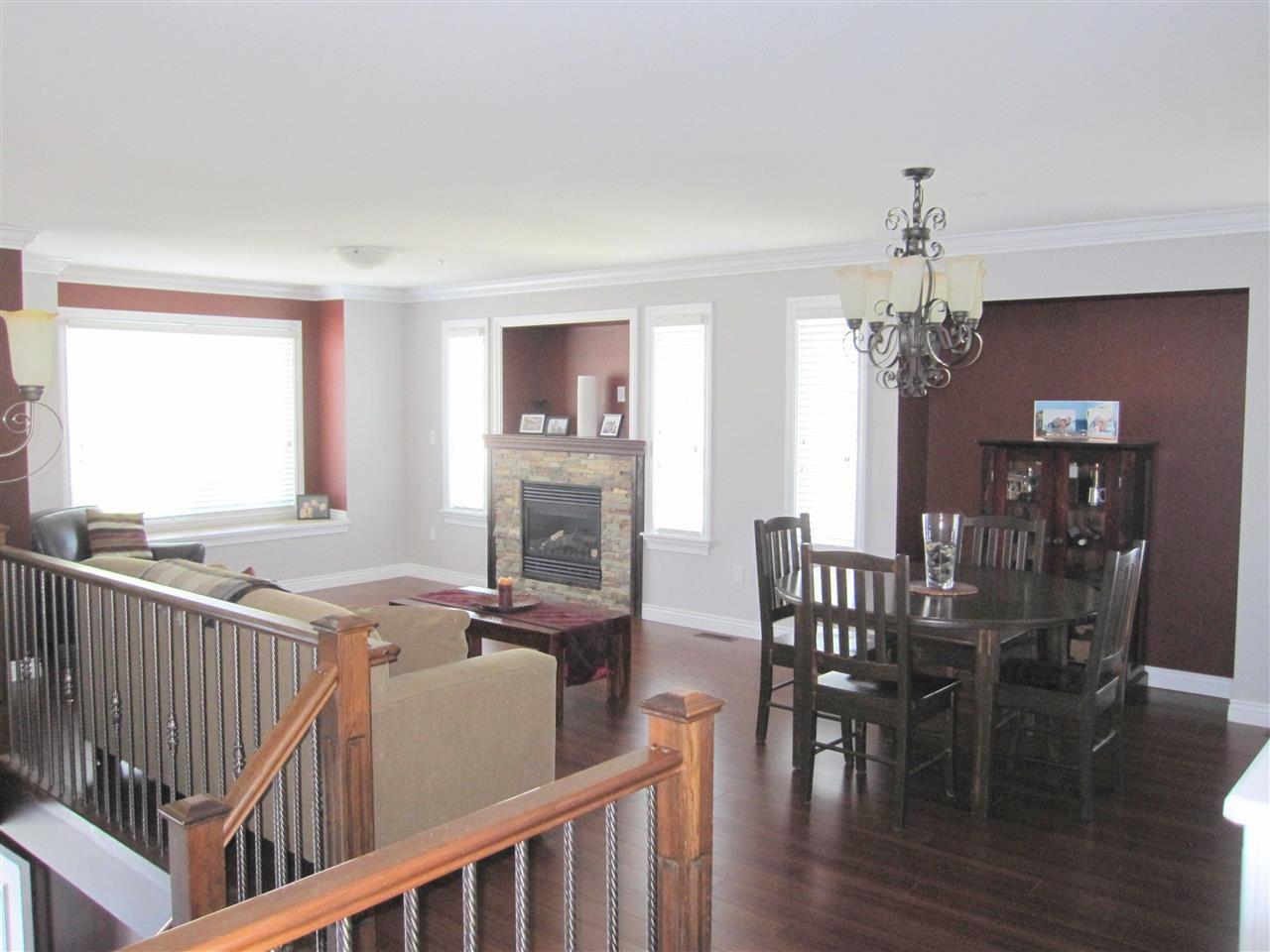 Photo 2: Photos: 11316 236 Street in Maple Ridge: Cottonwood MR House for sale : MLS®# R2062616