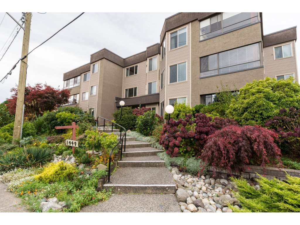 "Main Photo: 204 1449 MERKLIN Street: White Rock Condo for sale in ""Brendann Place"" (South Surrey White Rock)  : MLS®# R2118649"