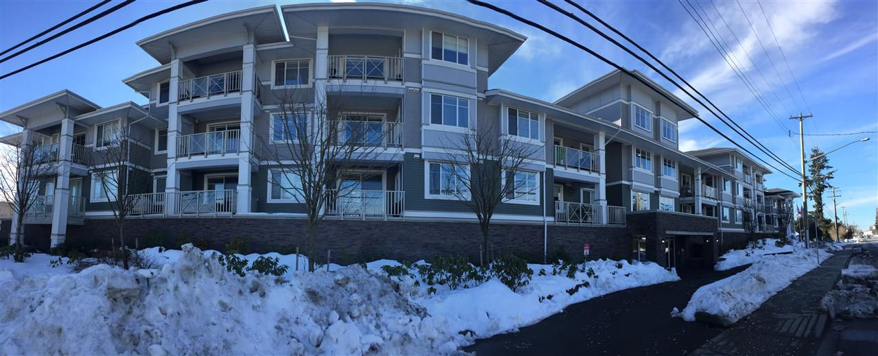 """Main Photo: 119 46262 FIRST Avenue in Chilliwack: Chilliwack E Young-Yale Condo for sale in """"The Summit"""" : MLS®# R2136663"""