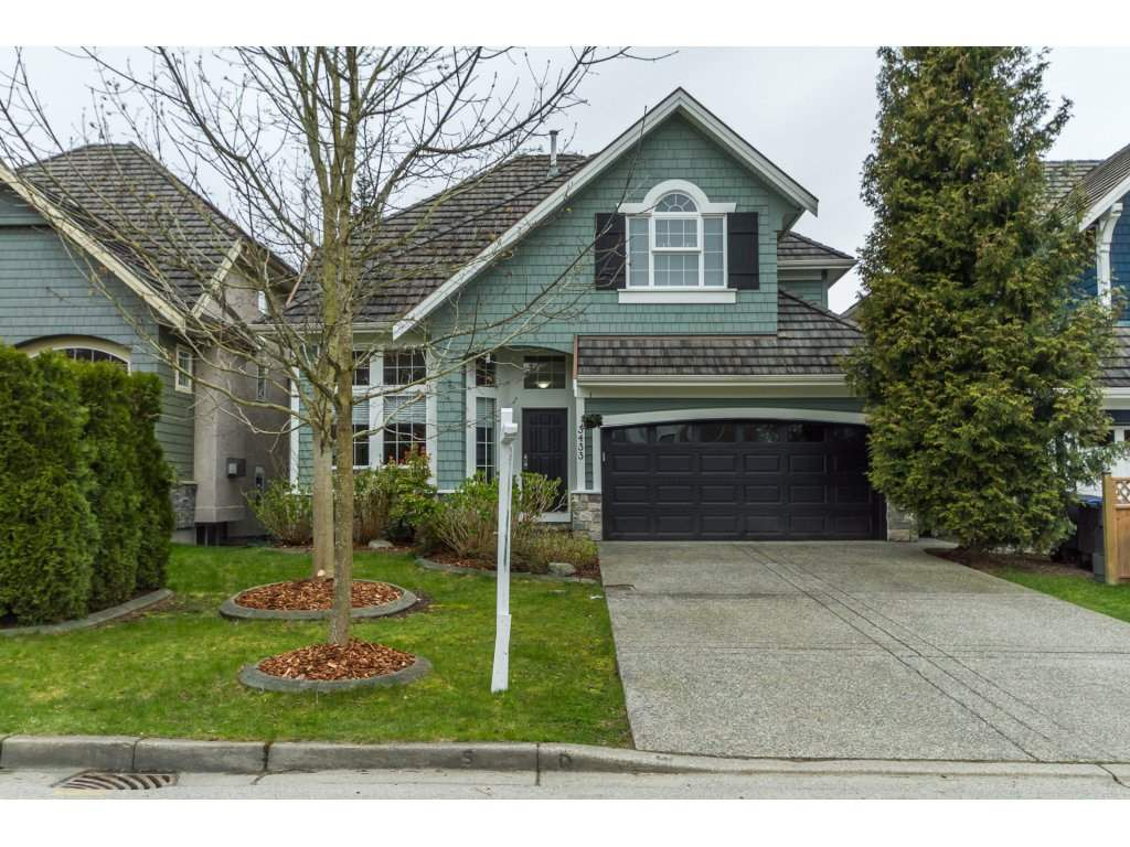 "Main Photo: 3433 ROSEMARY HEIGHTS Crescent in Surrey: Morgan Creek House for sale in ""ROSEMARY HEIGHTS"" (South Surrey White Rock)  : MLS®# R2156945"