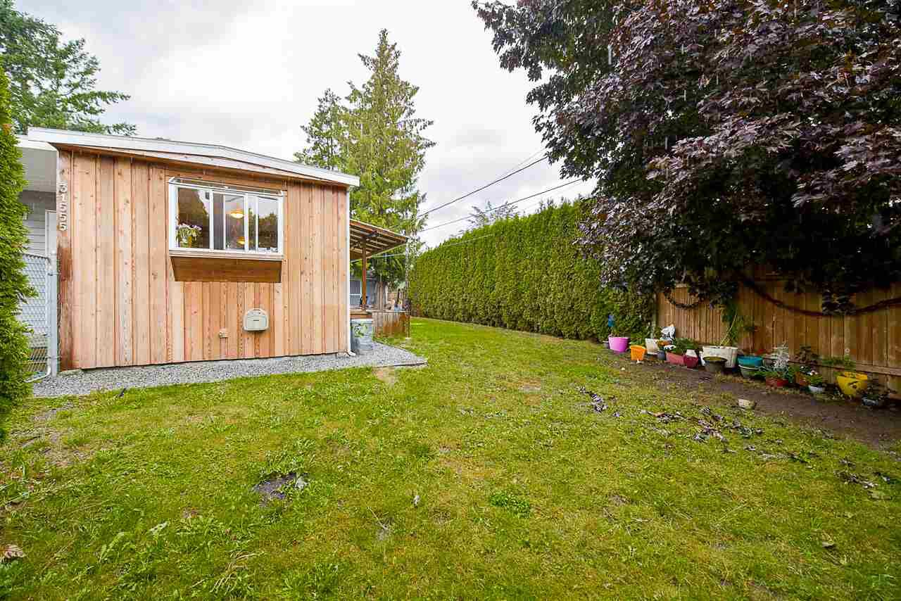 Photo 16: Photos: 31555 OAKRIDGE Crescent in Abbotsford: Poplar Manufactured Home for sale : MLS®# R2208110