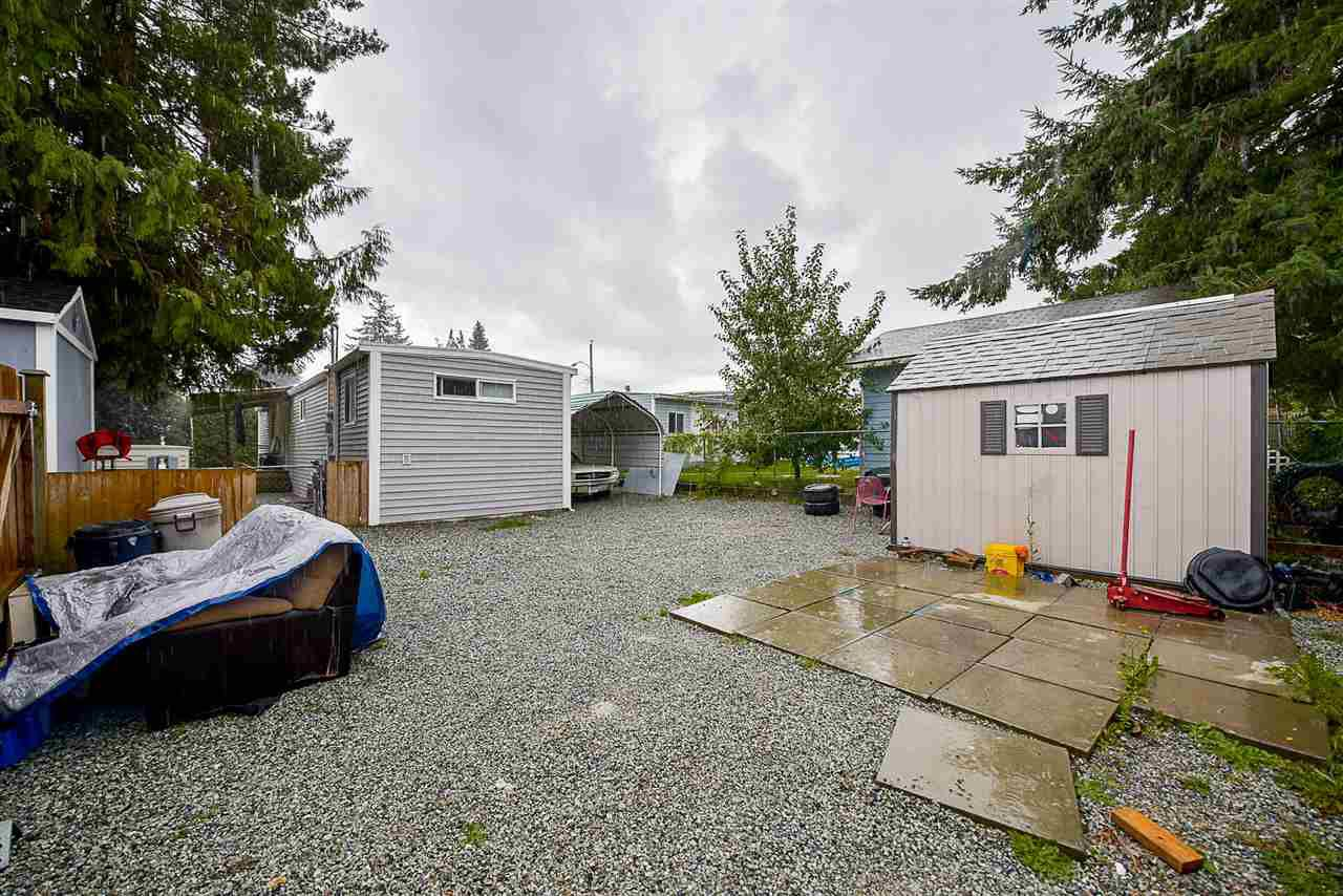 Photo 20: Photos: 31555 OAKRIDGE Crescent in Abbotsford: Poplar Manufactured Home for sale : MLS®# R2208110