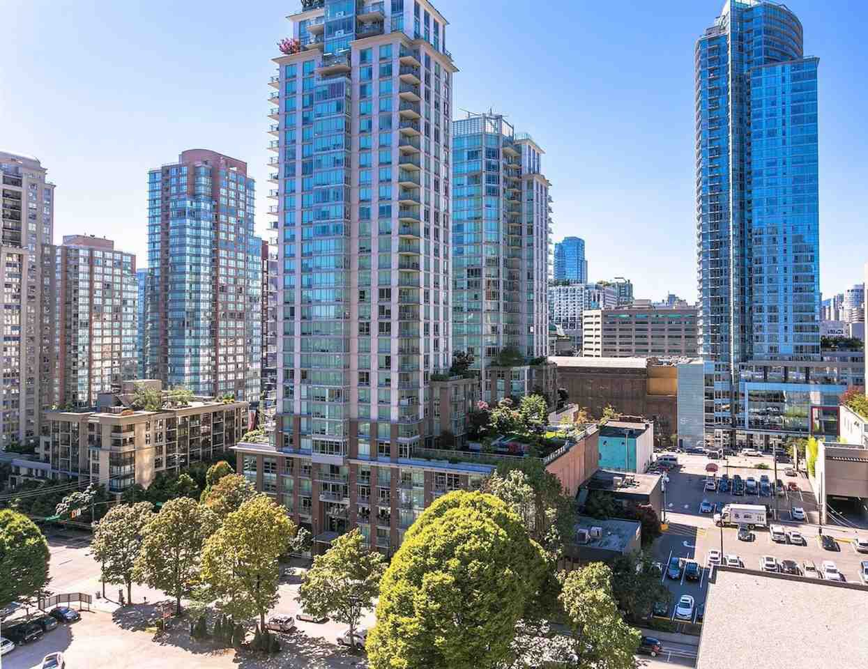 """Main Photo: 1208 833 HOMER Street in Vancouver: Downtown VW Condo for sale in """"Atelier"""" (Vancouver West)  : MLS®# R2305528"""