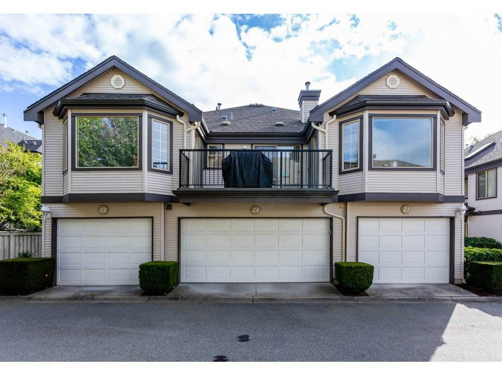 "Main Photo: 24 15840 84 Avenue in Surrey: Fleetwood Tynehead Townhouse for sale in ""Fleetwood Gables"" : MLS®# R2311594"