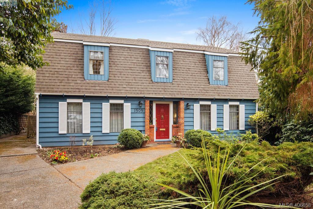 Main Photo: 1505 Laurel Lane in VICTORIA: Vi Rockland Single Family Detached for sale (Victoria)  : MLS®# 406658